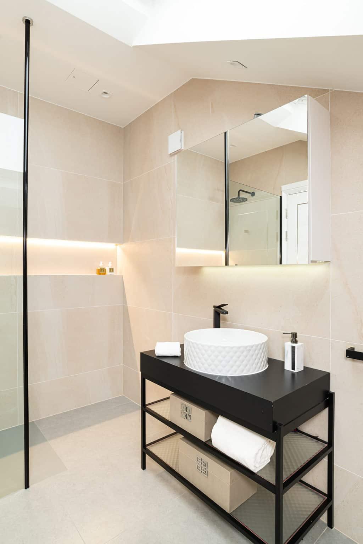 En-suite Bathroom - Wimbledon