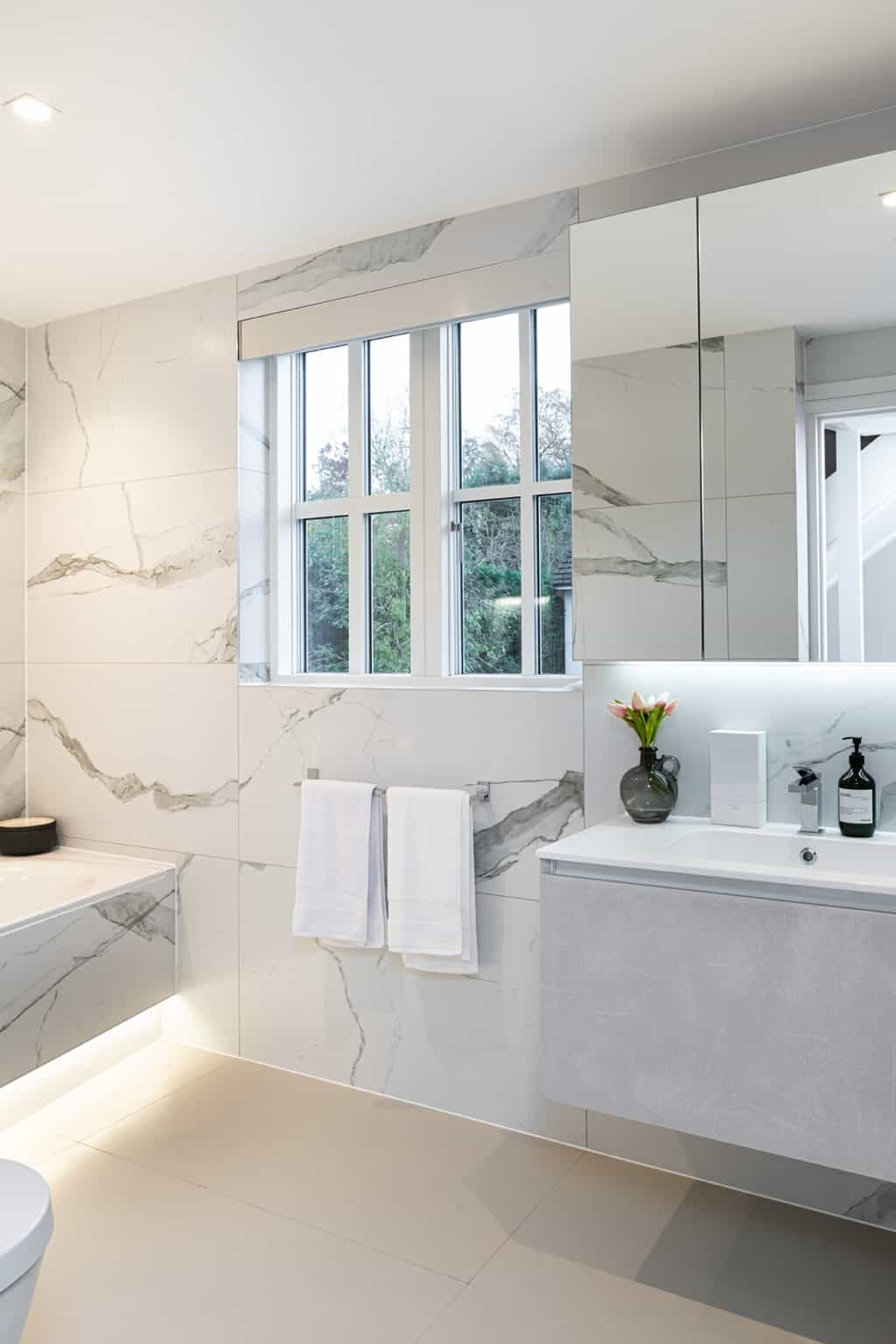 Family Bathroom - Wimbledon Show Home